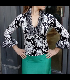Ruffled blouse Carmen Margarita
