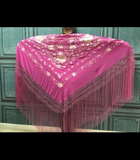 Semi-professional flamenco dancing shawl in color fuchsia