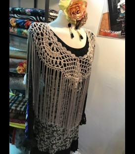 Flamenco crochet shawl in golden color