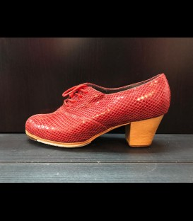 Professional red snakeskin flamenco shoes Abotinado Gallardo