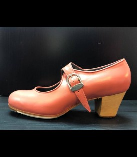 Professional flamenco shoes in coral color Mabel Gallardo