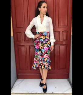 Flamenco skirt Doble Volante black with floral pattern