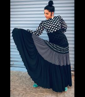 Profesional flamenco skirt Sevillana black and white