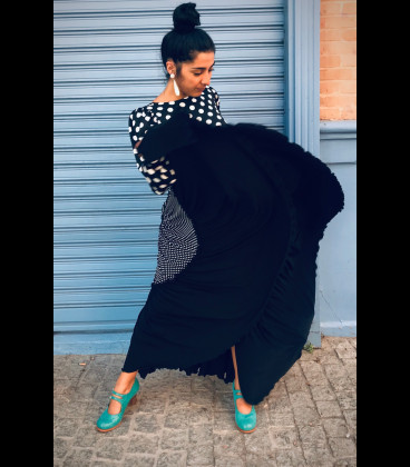 Falda flamenca profesional modelo Sevillana negro y blanco