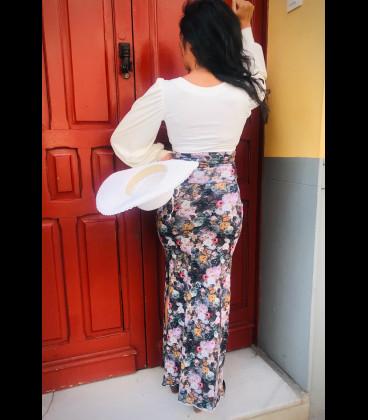 Falda Street Fashion